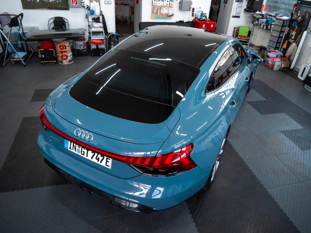 Voskovanie laku na aute Audi E-tron