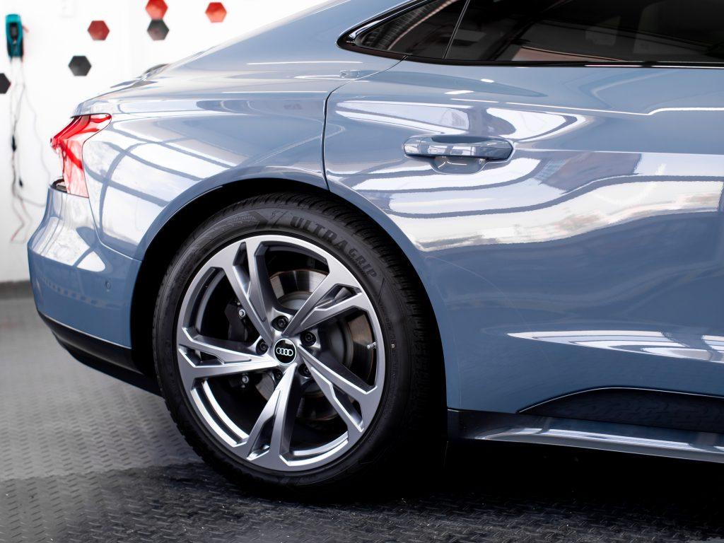 leštenie laku auta Audi E-tron